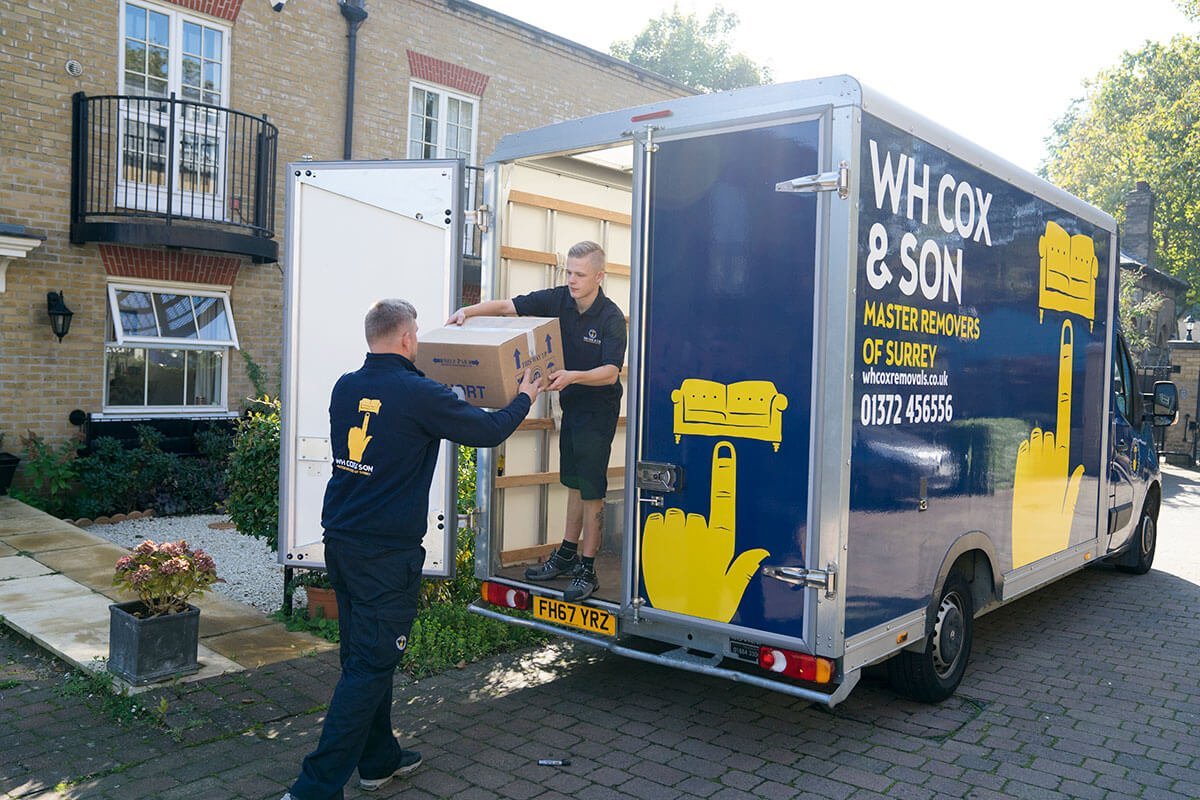 Man and Van for Surrey's Auction Houses